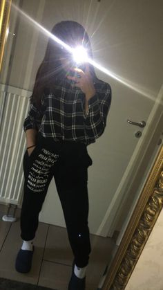 Instagram Profile Picture Ideas, Profile Picture For Girls, Insta Photo Ideas, Couple Goals Teenagers Pictures, Cool Girl Pictures, Girl Photos, Snapchat Girls, Snapchat Picture, Hollister Clothes