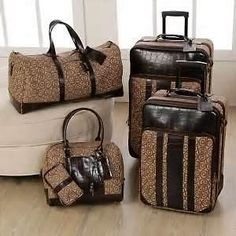 Luxe Alligator Train Case - Designer Luggage - Wheeled Luggage | I ...