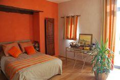 mur orange - Bing Images Murs Oranges, Bing Images, Bed, Furniture, Home Decor, Decoration Home, Stream Bed, Room Decor, Home Furnishings