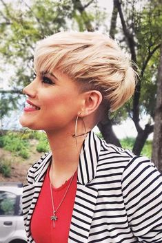 The Most Popular Haircuts To Try This Month picture3