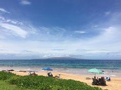 After two days of gray and rain... Aloha!  #maui #hawaii #aloha #beach #ocean #bluesky #playa #mar #luckywelivehawaii #luckywelivemaui #nature #naturelovers #landscape #landscapephotography #picoftheday #photooftheday #instagram #instagood  #beautiful #view #hawaiistagram #hawaiiunchained #travel #wanderlust #explore http://tipsrazzi.com/ipost/1505370857416120559/?code=BTkJtGrg1jv