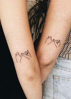 25 Meaningful Sister Tattoo Ideas for 2019 - The Trend Spotter - Tattoo minimaliste geometric, Tattoo minimaliste meaning Tattoo minimaliste symbole linear, Tattoo minimaliste ,Tattoo minimaliste flower