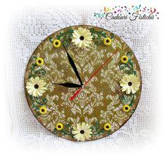 Ceas cu Floricele (40 LEI la CadouriFistichii.breslo.ro) Quilling, Decoupage, Clock, Wall, Amazing, Home Decor, Bedspreads, Watch, Walls