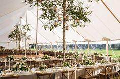 namioty weselne Kraków, namioty weselne dekoracje, namioty weselne pomysły, kwiaty namiot weselny, wesele w plenerze, wesele plenerowe, ślub w plenerze pomysły, Winsa sluby, Winsa Wedding Planner Cracow