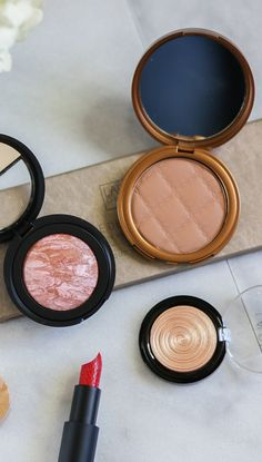 These Laura Geller face products are the bomb.com! The Beach Matte Baked Hydrating Bronzer is such a great matte bronzer for contouring, and the Laura Geller Baked Gelato Swirl Illuminator in Gilded Honey is heavenly. Definitely my favorite highlighter of the season! I also love the Laura Geller Baked Blush-n-Brighten in Honeysuckle for a bronze and pink summer glow. Click through to see a full review from blogger Ashley Brooke! @laurageller