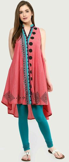 34 Beautiful Kurti Designs That Will Look Good On Every Woman! 34 Beautiful types of kurtis Kurta Designs, Blouse Designs, Pakistani Dresses, Indian Dresses, Indian Outfits, Indian Attire, Indian Wear, Casual Dresses, Fashion Dresses