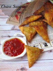 Crispy Onion Samosa Samosa Recipe, Pakora Recipes, Healthy Indian Snacks, Indian Veg Recipes, Chai Recipe, Fried Fish Recipes, Snack Recipes, Cooking Recipes, Crispy Onions