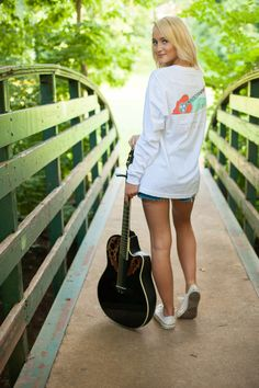 Tennessee sounds good to me! #laurenjames #lovelystate #tennessee #fall2015