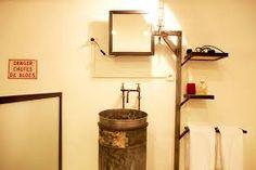 Kuvahaun tulos haulle industrial bathroom