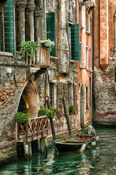 Top Five Reasons to Visit Venice