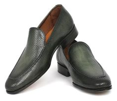 you know your shoe collection needs a serious reboot. Whether you're in the market for a charming sneaker to wear on the daily, or an ultra-sleek paten. Leather Loafers, Loafers Men, Business Casual Shoes, Loafers Outfit, Gentleman Shoes, Mens Fashion Shoes, Fashion Menswear, Men's Fashion, Latest Sneakers