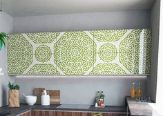 Tired of boring walls and furniture? No problem! With our reusable stencils you give your home and old furniture a new look. Paint your walls with our geometric mandala stencil, and your home will loo