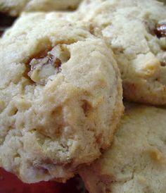 Pecan Praline Cheesecake Cookies
