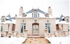 gorgeous mansion - same house that has the crazy stove i want #amazing_stove_backsplash01
