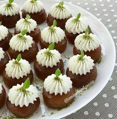 Health EPlease do not miss your likes and comments . Cheese Dessert, Ramadan Recipes, Serving Plates, Mini Cupcakes, Miss You, Sweets, Cooking, Health, Desserts