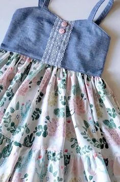 Baby Girl Dress Patterns, Little Girl Dresses, Baby Dress, Girls Dresses, Toddler Outfits, Kids Outfits, African Lace Dresses, Kids Frocks Design, Baby Sewing Projects