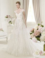 Pronovias presents the Monceau wedding dress. Elie by Elie Saab 2013. | Pronovias Beautiful!