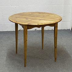 3ft Diameter Reclaimed Pine Round Table (F9859B)