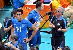 مصر مغلوب شاگردان ولاسکو شد  http://1vz.ir/142203  تیم ملی والیبال آرژانتین در آخرین بازی مرحله گروهی بازیهای المپیک 2016 ریو بر مصر غلبه کرد.          تیم ملی والیبال آرژانتین در آخرین بازی مرحله گروهی بازیهای المپیک 2016 ریو با نتیجه 3 بر صفر بر مصر غلبه کرد و به چهارمین پیروزی خود رسید.       شاگردان خولیو ولاسکو در 3 ست متوالی این بازی با نتایج 25 بر 16، 25 بر 19 و 25 بر 20 حریف آفریقایی خود را شکست دادند. فاکوندو کونته 12 امتیاز برای آرژانتین کسب کرد. آرژانتین به عنوا..