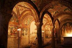 Anagni Italie   Anagni - Gli archi romanici della Cripta della Cattedrale di Anagni