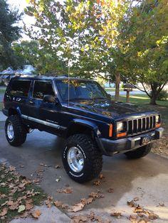 Jeep 4x4, Jeep Xj Mods, Old Jeep, Jeep Truck, Jeep Images, 1999 Jeep Cherokee, Badass Jeep, Sport Truck, Black Jeep