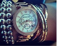WOMENS MICHAEL KORS WATCH!!! I just love this watch!! It's a GREAT watch!!!!