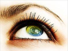 Augen - Hintergrundbilder: http://wallpapic.de/hohe-auflosung/augen/wallpaper-8130