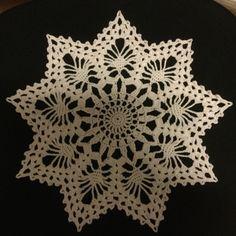 """Disse stjernenevar virkelig fjorårets """"dille"""" - i hvert fall på slutten av året. Jeg falt p... Chrochet, Projects To Try, Crochet Christmas, Blogging, Crochet, Crocheting, Crochet Christmas Cozy, Ganchillo, Quilts"""