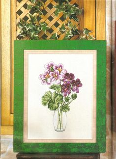 Cross stitch - flowers: Geranium in a vase (free pattern with chart)