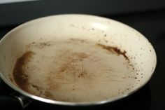 How to Clean Ceramic Frying Pans