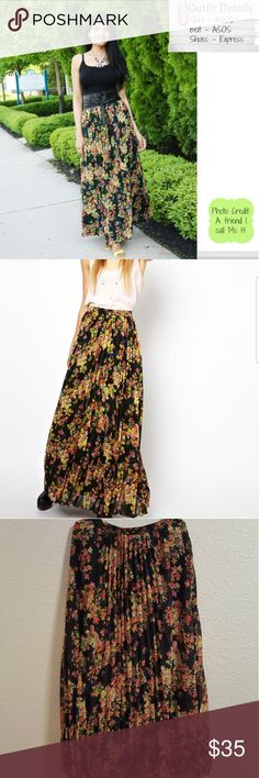 Asos floral maxi pleated skirt Gorgeous and stunning womens Asos brand floral pleated maxi skirt size 6.  Pet and smoke free home.  Gorgeous detail and style ASOS Dresses