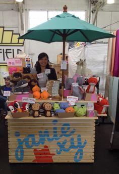 janie's booth - Craft fair display ideas - dear handmade life