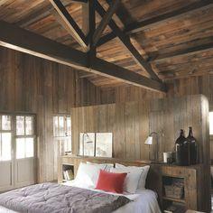 Maison en bois au Cap Ferret pour grande famille - Côté Maison Wooden House, House In The Woods, Cosy, New Homes, Architecture, Furniture, Home Decor, Bali, Bedrooms