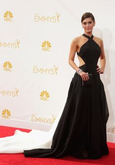 Lizzy Caplan at event of The 66th Primetime Emmy Awards