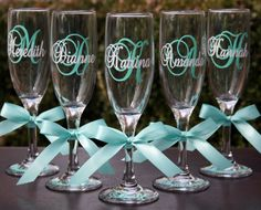 6 Monogrammed Bride and Bridesmaids Champagne Flutes, Personalized Wedding Glasses