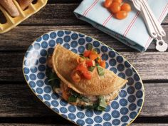 baby-spinach-tomato-cheese-omelette