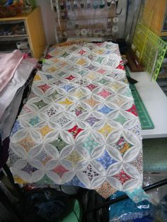 Regaling From Windy Ridge: This One's For You - Deb! Or - How to Make an Easy Cathedral Window Quilt