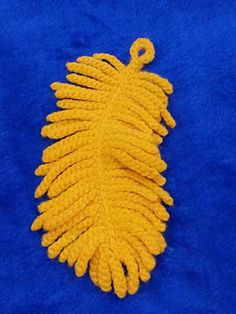 Crocheted feather necklace...Free pattern!!