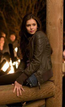 Vampire Diaries Outfits, Vampire Diaries Damon, Vampire Diaries Wallpaper, Vampire Dairies, Vampire Diaries The Originals, Elena Gilbert, Stefan Salvatore, Nina Dobrev, Paul Wesley