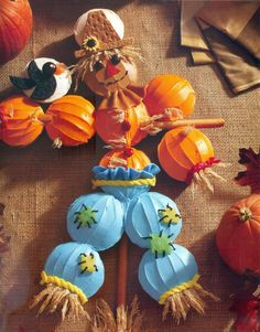 If I Only Had A Brain (Scarecrow) Fall Halloween Dessert Recipe - From What's New, Cupcake?