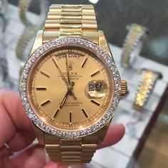 18k Gold Presidential  Nice and clean or not enough ice?  Follow my playa potna Vito over  @vincents_jewelers | #punintendednews  He sold me my first #Rolex and #diamond #pendent back when they where downtown and been rocking since  He taught me the difference between VS VVS and BS stones. Color cute clarity!! Hey...if you're jeweler don't teach you how to use to loop more than likely he's cheating you  #vincentsjewelers #Rolex #daydate #bezel #stlouis #olive