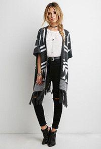 Calça preta + blusa branca + kimono PB + cinto + acessórios
