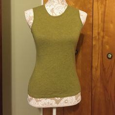 Green sleeveless top--cashmere!! In excellent condition Lord & Taylor Tops