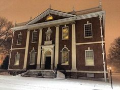The American Philosophical Society Library est. 1743 back during the 2016 Blizzard. #cityglow #snow #blizzard #oldcityphilly #philly #phillylove #americanphilosophicalsociety #benfranklin #treeskeleton #archives #library #blizzard2016 #blizzardjonas #findyourpark #nps by kristyneallen