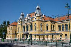 Szeged, Train Station