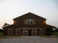 Pole Barn DIY - CLICK PIN for Many Pole Barn House Ideas. 44285287 #building #housekits
