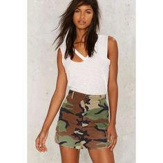 After Party by Nasty Gal In the Trenches Camo Mini Skirt (€69) ❤ liked on Polyvore featuring skirts, mini skirts, green, high waisted mini skirt, high-waisted skirts, vintage skirts, zipper mini skirt and short skirts