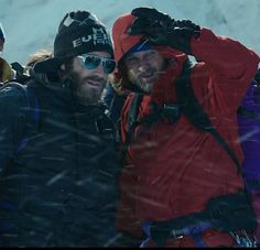 Jason Clarke and Jake Gyllenhaal in Everest (2015)