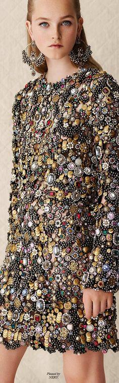 Alexander McQueen - Resort 2017 Looks like it's heavy to wear, but fabulous anyway. :)