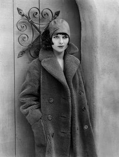 Louise Brooks, 1920s, **I.V. louise brooks, inspiration, style, vintage winter, 1920s fashion, birthdays, louis brook, cloche hats, coats